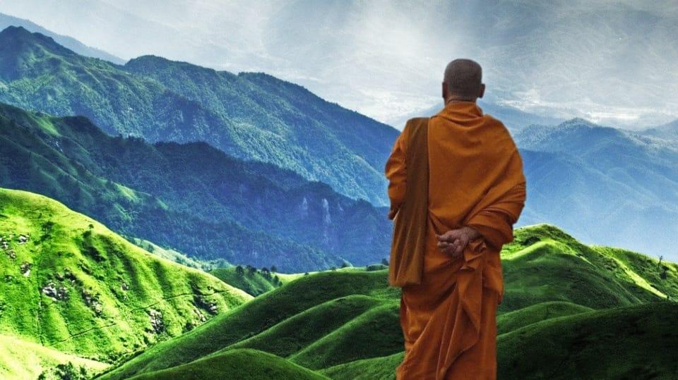 Monje Tibetano visualizando las montañas